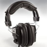 Deluxe Headphones by Garrett